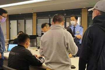 比李国庆更狠,吴忌寒派60人在政务大楼抢回比特大陆营业执照