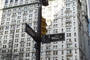从Coinbase获批上市看加密金融的长期价值